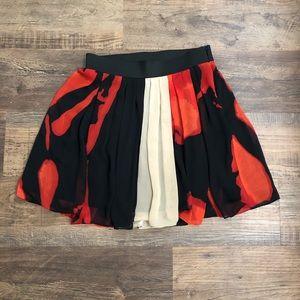 Vince Camuto Skirt 6 ❤️